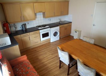 Thumbnail 4 bed flat to rent in Wellington Street, Luton