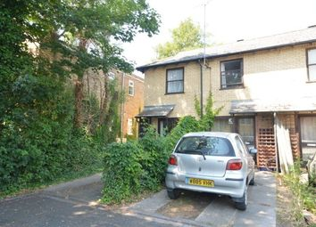 1 bed property to rent in Pakenham Close, Cambridge CB4