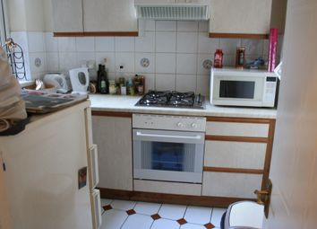 Thumbnail 1 bed flat to rent in St Johns Rd, Battersea