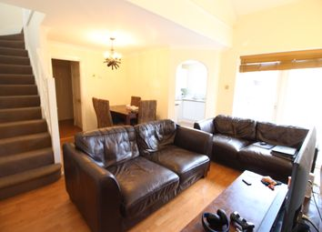 Thumbnail 3 bed flat to rent in Kennet Side, Reading