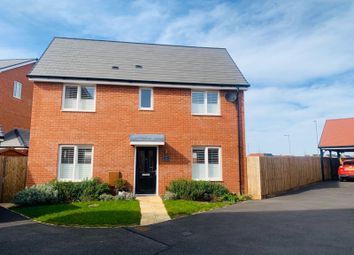 Thumbnail 3 bed property to rent in Stella Close, Berryfields, Aylesbury