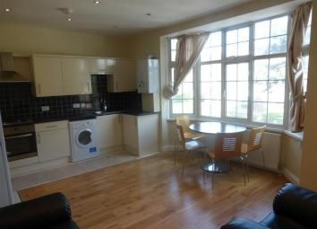 Thumbnail 3 bedroom flat to rent in Stafford Road, Wallington