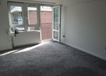 Thumbnail 1 bed flat to rent in Robert Street, London