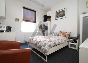 Thumbnail Room to rent in Seven Sisters Road, Finsbury Park