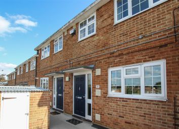 Thumbnail 3 bed maisonette for sale in Springfield Avenue, Hutton, Brentwood