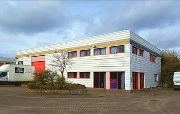 Thumbnail Office to let in Unit C, Castle Industrial Estate, Pear Tree Lane, Newbury, West Berkshire