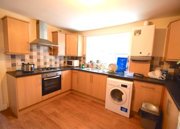 Thumbnail 3 bedroom flat to rent in Wingrove Avenue, Fenham