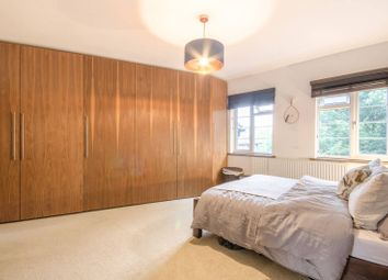 Thumbnail 3 bed flat for sale in Great North Road, Oakleigh Park