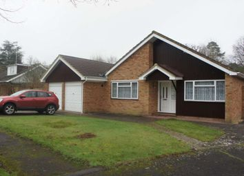 Knowle Drive, Copthorne, Crawley RH10. 3 bed detached bungalow