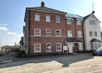 Thumbnail 2 bed flat for sale in Clover Rise, Woodley, Reading, Berkshire