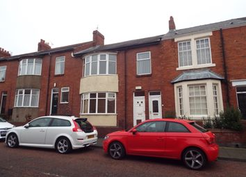 Thumbnail 3 bed flat to rent in Fern Dene Road, Bensham, Gateshead