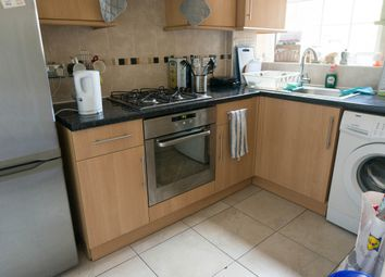 Thumbnail 2 bed flat to rent in Lascotts Road, Wood Green, London