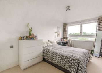 Thumbnail 1 bedroom flat for sale in Carnoustie Drive, Islington, London