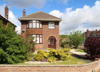 Thumbnail 3 bed detached house for sale in Windsor Road, Swindon