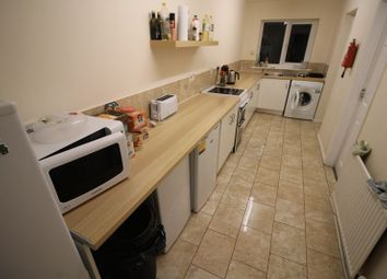 Thumbnail 5 bed property to rent in Maxwell Street, Swindon