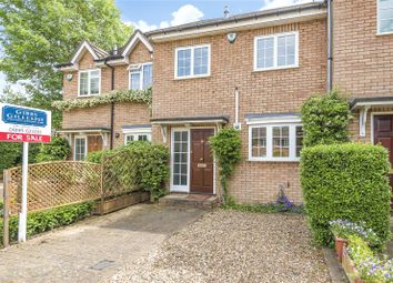 3 bed detached house for sale in Monarchs Way, Ruislip, Middlesex HA4