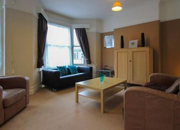 Thumbnail 2 bed flat to rent in Wellfield Road, Roath, Cardiff