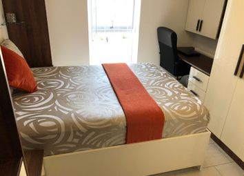 Thumbnail Room to rent in Hunting Place, Hounslow