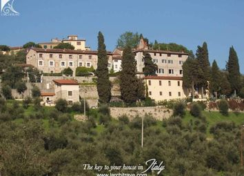 Thumbnail 2 bed villa for sale in Tuscany, Lucca, Massarosa