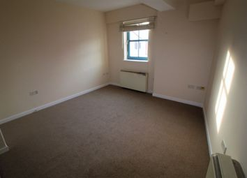 Thumbnail 2 bedroom flat to rent in Lansdowne Road, Leicester