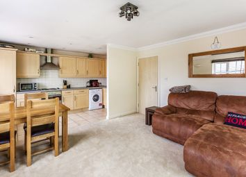 Thumbnail 2 bedroom flat for sale in Priestlands Close, Horley