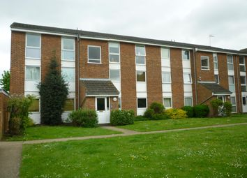 Thumbnail 2 bedroom flat to rent in Clyfton Close, Broxbourne