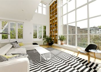 Thumbnail 3 bed flat to rent in Gaskin Street, London
