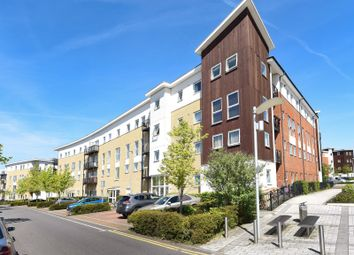 Thumbnail 2 bed flat for sale in Thorney House, Drake Way, Reading