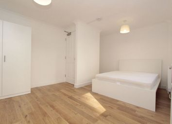 Thumbnail Room to rent in Jamestown Way, Canary Wharf, East India