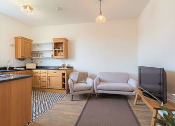 Thumbnail 1 bedroom flat for sale in Bridgegate, Peebles