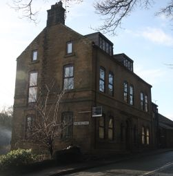 Thumbnail 2 bedroom flat to rent in Manchester Road, Thurlstone, Sheffield