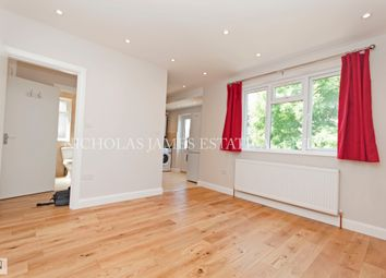 2 bed maisonette to rent in Alexandra Road, London N10