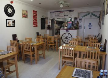 Thumbnail Restaurant/cafe for sale in Cafe & Sandwich Bars HU3, East Yorkshire