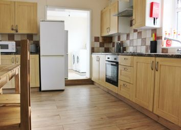 Thumbnail Room to rent in Westcott Place, Swindon