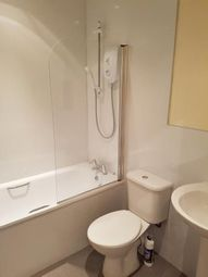 Thumbnail 1 bed flat to rent in 17B Inchaffray Street, Perth
