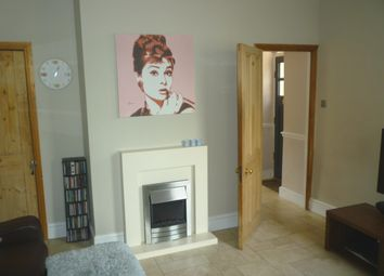 Thumbnail 4 bed property to rent in Cromwell Road, Hertford