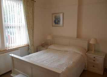 Thumbnail 2 bed flat to rent in Woodburn Terrace, St Andrews, Fife