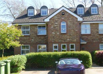 Thumbnail Studio to rent in Poplar Close, Bracknell, Berkshire