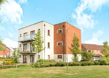 Thumbnail 2 bed flat for sale in Easter Square, Basingstoke
