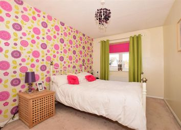 Thumbnail 3 bed semi-detached house for sale in Sandpiper Drive, Erith, Kent
