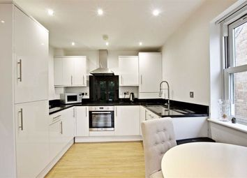 Thumbnail 2 bed flat to rent in Country View Court, Radlett, Hertfordshire