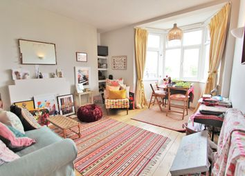 Thumbnail 1 bed flat for sale in Askew Road, Ravenscourt Park / Chiswick