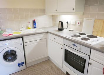 Thumbnail 1 bed flat to rent in Banister Gate, Archers Road, Southampton