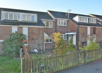 3 bed property for sale in Roman Way, Andover SP10