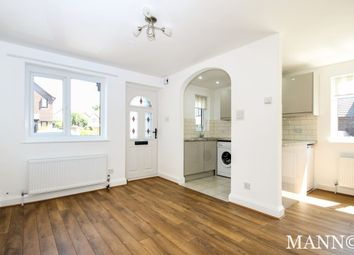 Thumbnail 1 bedroom flat to rent in Turners Meadow Way, Beckenham