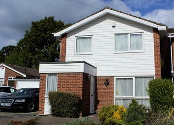Thumbnail 3 bedroom detached house to rent in The Spinney, Potters Bar