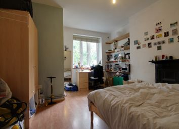 Thumbnail 3 bed flat to rent in Newcomen Street, London Bridge