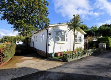 Thumbnail 2 bed mobile/park home for sale in Tenth Avenue, Garston Park, Tilehurst, Reading