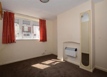 Thumbnail 1 bed flat to rent in Burke Street, Scunthorpe