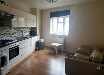 Thumbnail 2 bed flat to rent in Victoria Road, Romford